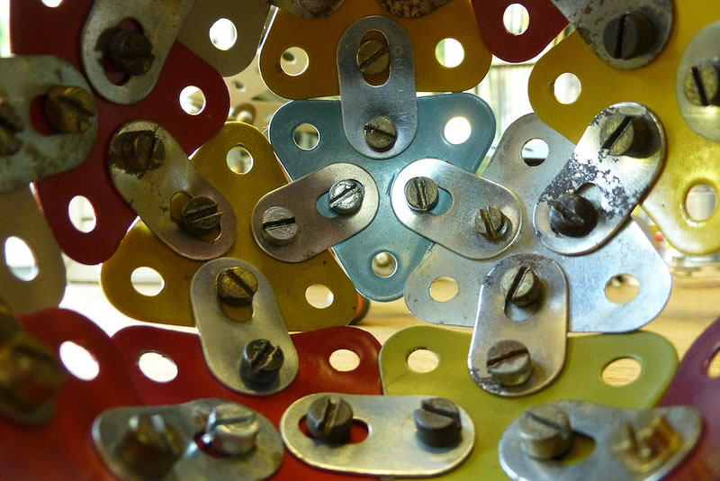 Meccano Ball (Inside view!)  ©Elsie esq in Flickr. CC BY 2.0 (2012)