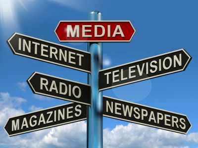 Media Signpost by Stuart Miles/ Cortesía de FreeDigitalPhotos.net