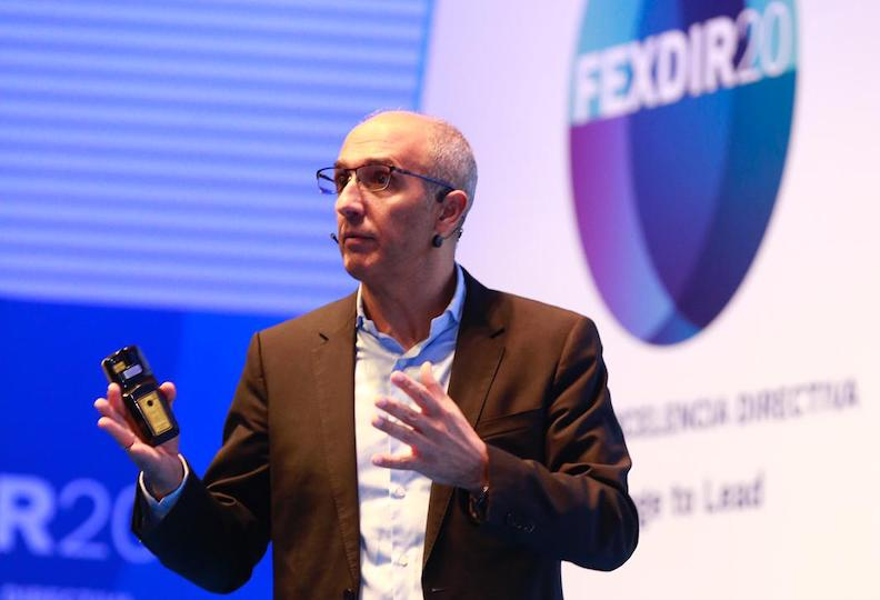El director general de Google Cloud en la conferencia de FEXDIR